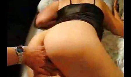름,절묘한 아름다움,손에 포르노 성숙한 엄마 무료 아름다움