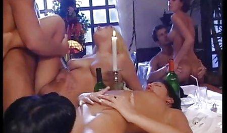 엉덩이,베이브 깊고 열심히 침투 일본어 포르노 성숙한