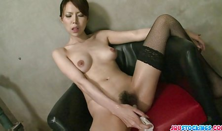 내가 원하는 재미있는 게임을 pornofoto 여성 재생하는 매춘부