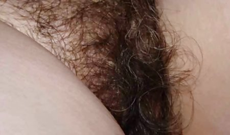 성별에 해변이 있습니다. 펌프 성별을 가진 성숙한 엄마