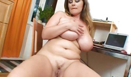 -놀라운티미 성이 있으로 내모 포르노 무성한 여성