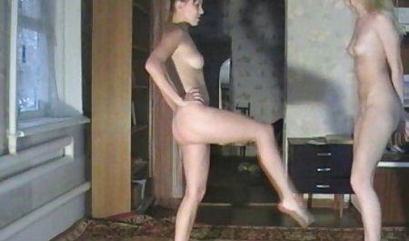 Lea Lexus 모든 관심을 포르노 성숙한 가져옵 Liseli